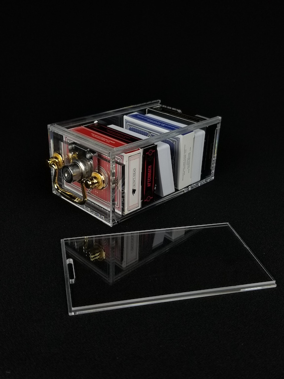 Acrylic Card Case with Lock and Lid (1)
